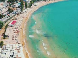 Irini Apartments, hotel with parking in Kavala