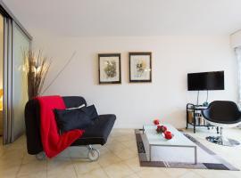 Rana's flat, hotel in Mandelieu-la-Napoule