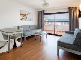 Apartamentos Sol y Vera, hotel near Aqua land, Magaluf