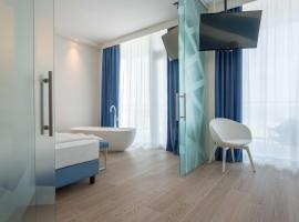 Hotel Mediterraneo, hotel in Sottomarina