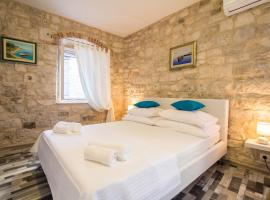Apartment Toma, apartment in Trogir