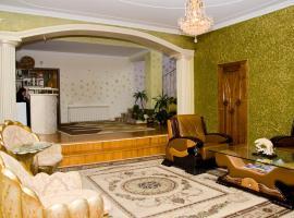 Ezio Palace Hotel, отель в городе Кишинёв