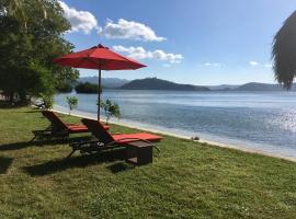 The Papalagi Resort, beach hotel in Gili Gede