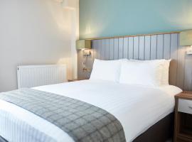 New Inn by Greene King Inns, inn in Newport