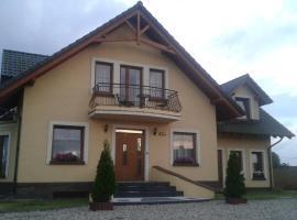 Pokoje do Wynajęcia - Sen na Mazurach, hotel with pools in Mikołajki