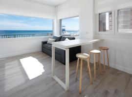 Apartamentos Egona Zarautz sobre el mar, accommodation in Zarautz
