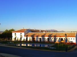 Complejo Pueblo Blanco, campground in Olvera