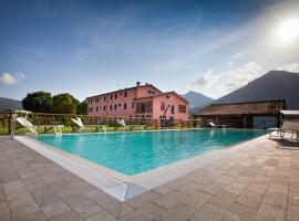 Tenuta San Giovanni Lucca, serviced apartment in Lucca
