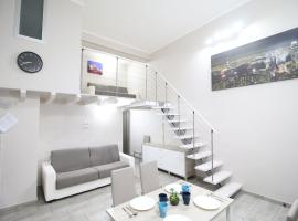 Modern Loft Apartment, hotel in Rome