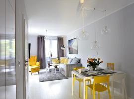 Apartamentowiec Dwie Sosny, hotel with jacuzzis in Ustronie Morskie