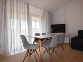 Apartments Pavić Valbandon, B&B in Fažana