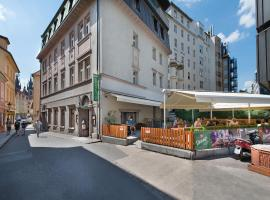 EA Hotel Royal Esprit – hotel w pobliżu miejsca Centrum handlowe Palladium w Pradze