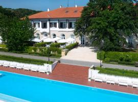 Oasis Boutique Hotel, Riviera Holiday Club, hotel in Golden Sands