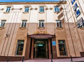 Hotel Victoria, hotel in Linares