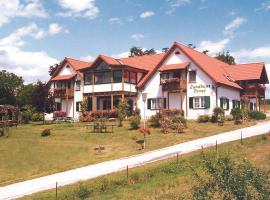 Landhaus Dampf, hotel in Bad Blumau