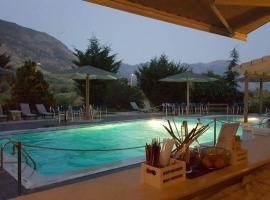 Hotel Iliana, διαμέρισμα σε Mandrotopos
