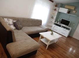 Apartment Leonora, hotel in Vodice