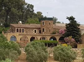 Mas Tomas, country house in Vall-Llobrega