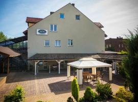 B&M Guesthouse, homestay in Oświęcim