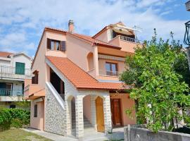 Apartments Vlasta, hotel in Zablaće