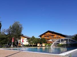 Landhotel Häuserl im Wald, Hotel in der Nähe von: Schloss Trautenfels, Gröbming