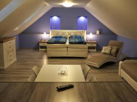 Ubytovanie Tri ruže, hotel v Krásnohorskom Podhradí