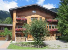 Haus Manser, hotel in Schoppernau