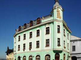 Hotel Růžek, hotel in Hranice