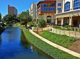 Wyndham Garden River Walk Museum Reach, hotel in San Antonio
