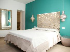 Hypnos Hotel, hotel in San Teodoro