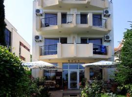 Хотел Бриз, хотел в Бургас
