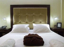 Ellinis Hotel, hotel in Chania