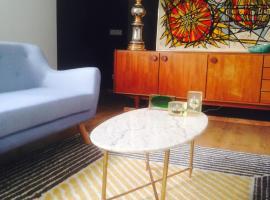 Rose-INN appartement, budget hotel in Orange