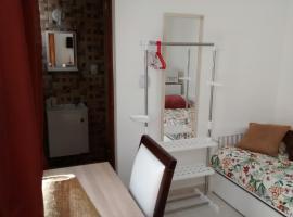 Homestay SP Zona Sul Suite, hotel in zona Circuito di Interlagos - Autodromo José Carlos Pace, San Paolo