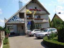Linas Svečių namai, viešbutis mieste Alytus