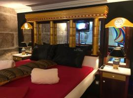 Apartment Paradiso, hotel in Split