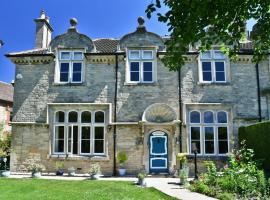 Heritage Bed and Breakfast, hotel near Bowood Golf & Country Club, Calne