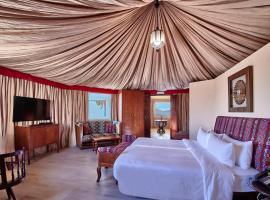 Dunes by Al Nahda, luxury tent in Abyaḑ