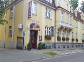 Hotel Atena – hotel w pobliżu miejsca Słowiński Park Narodowy w mieście Słupsk