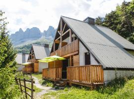 Les chalets de Pré Clos en Vercors, cabin in Saint-Andéol