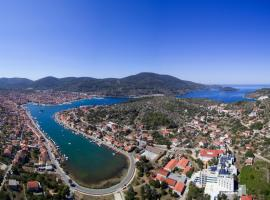 Apartment Seman, budget hotel in Vela Luka