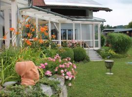 Ferienwohnung am Altenstein, Hotel in der Nähe von: Schwaimberg Ski Lift, Grafenau