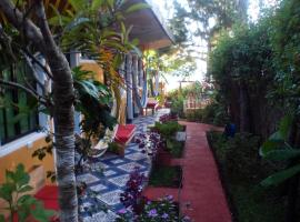 Hotel y Restaurante Playa Linda, hotel in San Pedro La Laguna
