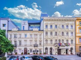 Hotel President, hotel near Hungarian Parliament Building, Budapest