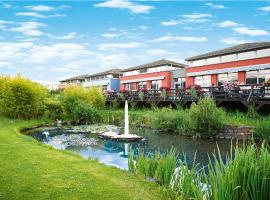Eurostrand Resort Moseltal, hotel in Leiwen