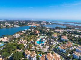 Encosta Do Lago Resort Club, hotel near San Lorenzo Golf Course, Quinta do Lago