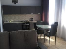 Apartment Eseniya, hotel in Adler