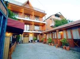 Chveni sakhli, hotel in Tbilisi City