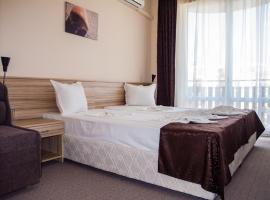 Ivian Family Hotel, hotel Ravdában