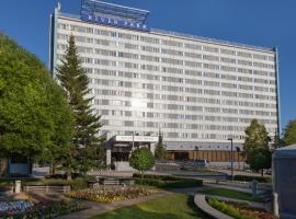 River Park, hotel near Russian National Public Library for Science and Technology, Novosibirsk
